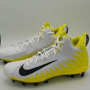Nike Alpha Menace Pro Mid Football Cleat SZ 13
